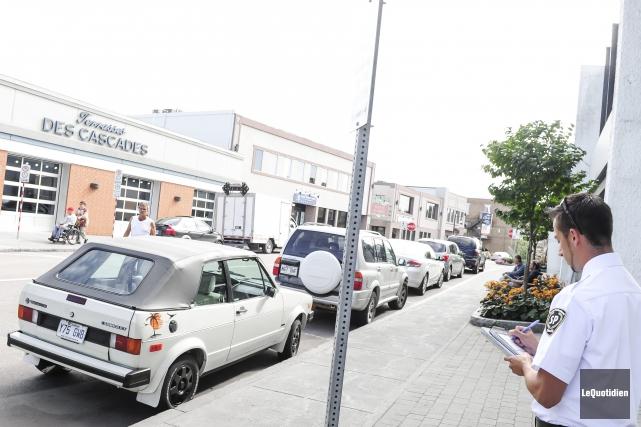 Est-ce que les automobilistes sont plus rebelles? Est-ce... ((Photo Le Quotidien, Gimmy Desbiens))