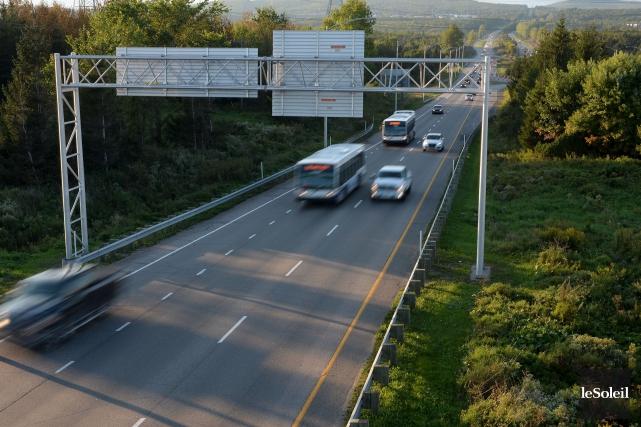 Si l'annonce de l'élargissement de l'autoroute Laurentienne Sud... (Le Soleil, Erick Labbé)