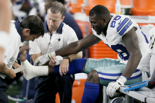 Le receveur étoile des Cowboys de Dallas Dez... (Photo Brandon Wade, AP)