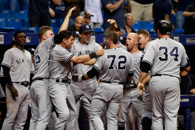 Slade Heathcott (72) a reçu les félicitations de... (Photo Kim Klement, USA Today)