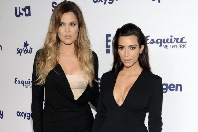 Khloe Kardashian et Kim Kardashian... (PHOTO ARCHIVES AP)