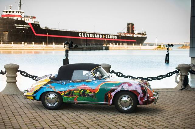 Jugeant le blanc de sa Porsche trop sage,... (PHOTO FOURNIE PAR RM Sotheby's)