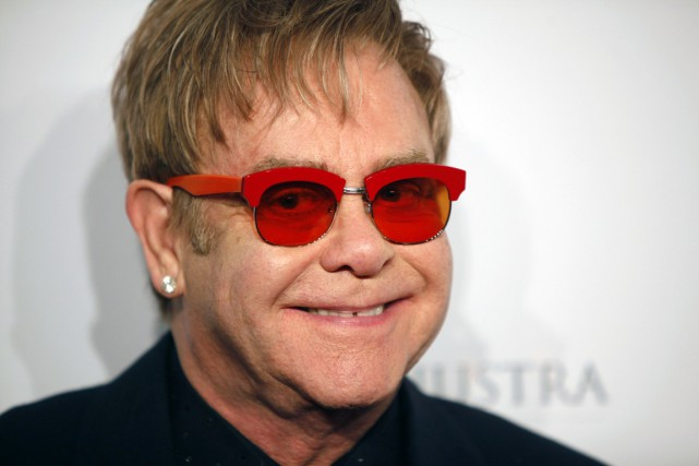 Elton John... (PHOTO CARLO ALLEGRI, AP/INVISION)