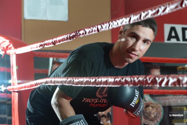 Mikaël Zewski ne voulait pas d'un combat facile,... (Photo: Sylvain Mayer Le Nouvelliste)