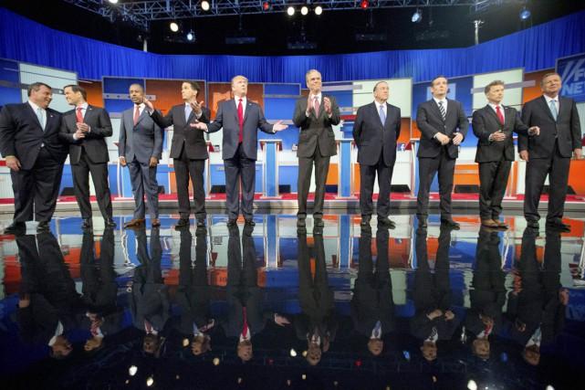 Dix candidats se sont affrontés lors du premier... (PHOTO ANDREW HARNIK, ARCHIVES AP)
