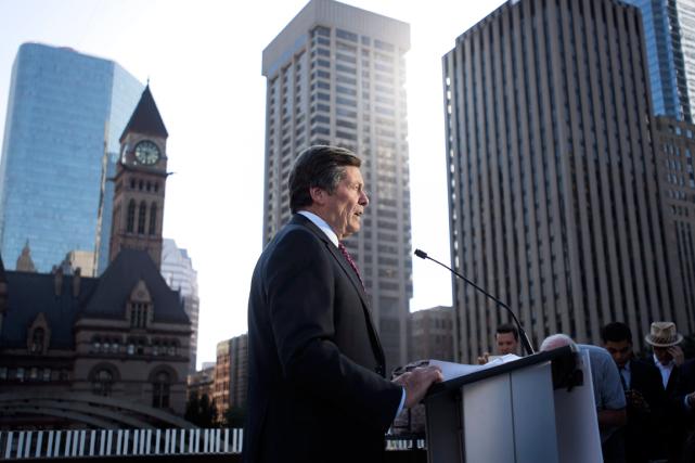 Le maire de Toronto, John Tory,a annoncé le... (Photo Darren Calabrese, archives PC)