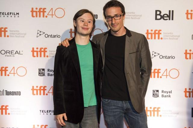 L'acteur Dylan Harman et le réalisateur Kire Paputts...