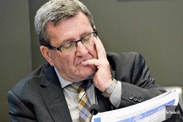Le maire Régis Labeaume... (Le Soleil, Patrice Laroche)