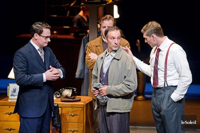 Christian Michaud (au centre) est touchant dans le... (Le Soleil, Jean-Marie Villeneuve)