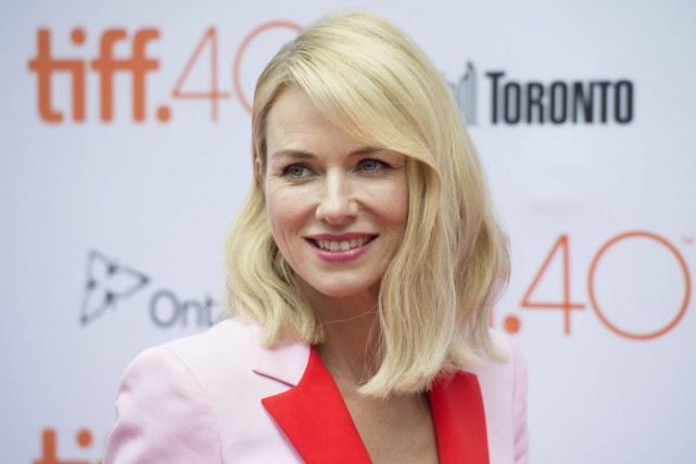 Naomi Watts sur le tapis rouge du film... (PHOTO LA PRESSE CANADIENNE)