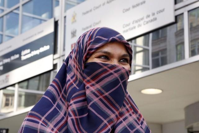 Zunera Ishaq a rencontré les médias, mardi, après... (Photo: La Presse Canadienne)