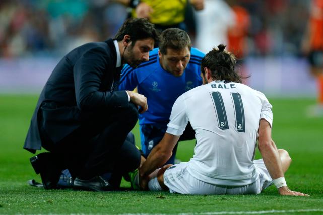 Gareth Bale a subi uneblessure au mollet gauche,... (Photo Francisco Seco, AP)