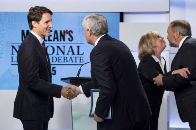 Justin Trudeau et Stephen Harper lors du premier... (ARCHIVES REUTERS)