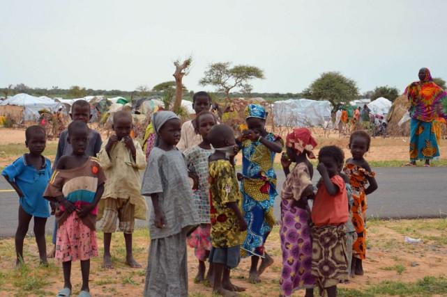 Des enfants dans le camp de réfugiés des... (Photo BOUREIMA HAMA, AFP)