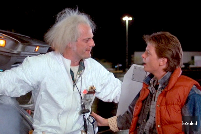 Heureusement pour lui, Marty McFly (à droite), le... (Photothèque Le Soleil)