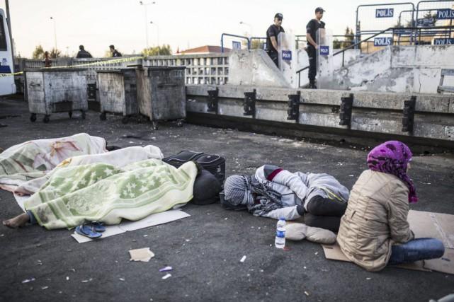 Un groupe de citoyens travaille actuellement à faire... (Yasin Akgul, Agence France-Presse)
