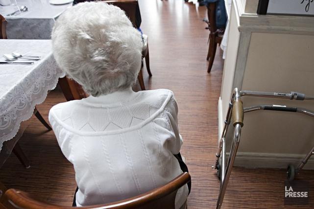 Les 96 travailleurs de la résidence pour personnes âgées La Roseraie de... (Archives La Presse)