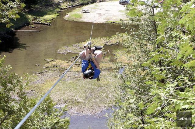 Les aventures en nature d'un Ontarien de 26ans ont pris fin dans une voiture... (Etienne Ranger, Archives LeDroit)