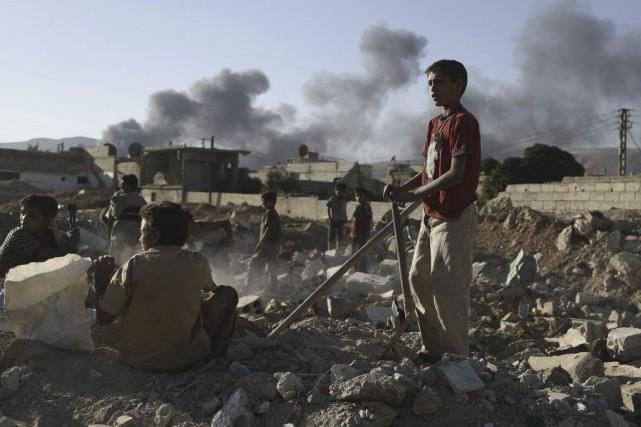 Les Syriens fuyant la guerre civile qui ravage... (Bassam Khabieh, Reuters)