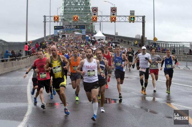 Le marathon de Montréal... (Photo Robert Skinner, La Presse)