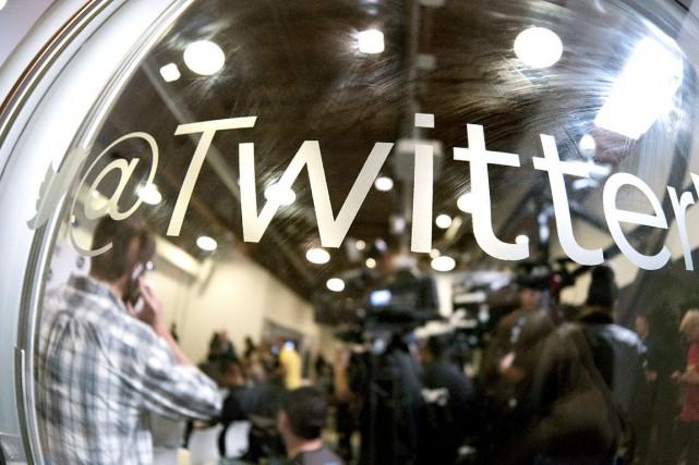 La recherche d'un patron permanent traîne en longueur chez Twitter, reflétant... (AFP, Jonathan Alcorn)