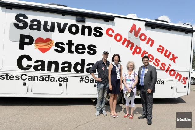 Les candidats du NPD dans la région, Karine... ((Photo Le Quotidien, Jeannot Lévesque))