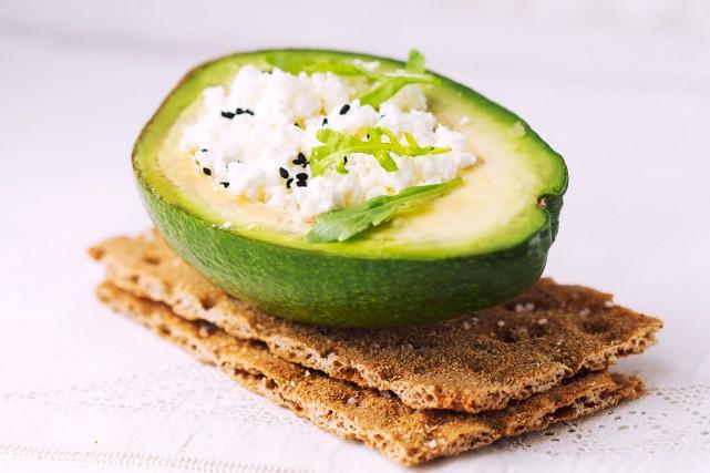 Il semble révolu le temps où manger entre les repas était mal vu, où la... (Shutterstock)