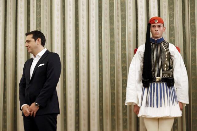 Le premier ministre Tsipras devrait annoncer mardi la... (PHOTO ALKIS KONSTANTINIDIS, REUTERS)