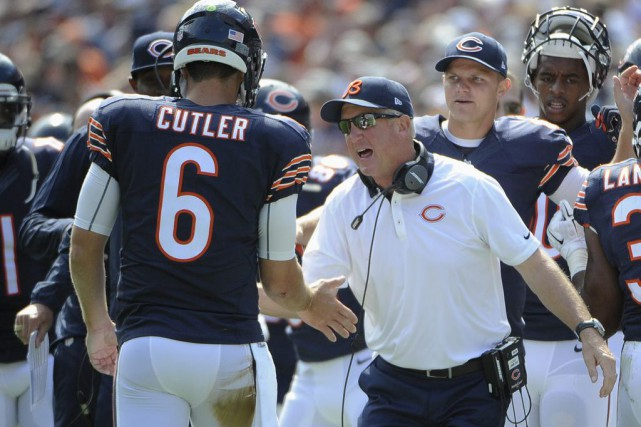 Jay Cutler... (Photo David Banks, AP)