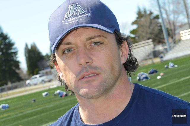 L'entraîneur-chef des Jeannois Mathieu Brassard.... ((Archives Le Quotidien))