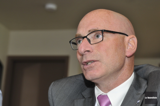 Le ministre responsable de la Mauricie, Jean-Denis Girard,... (Photo: Émilie O'Connor, Le Nouvelliste)