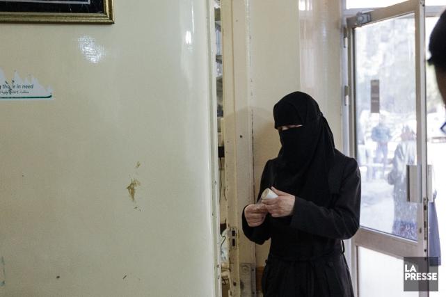 En réaffirmant son opposition au port du niqab durant la cérémonie... (Archives La Presse)