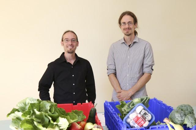 Le coordonnateur du GASP, Nicolas Luppens, aux côtés... (photo Julie Catudal)