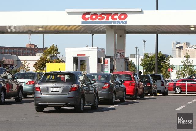Une bannière d'essence Costco pourrait avoir une effet... (Photo La Presse, Patrick Sansfaçon)