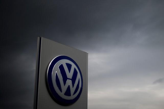 Volkswagen n'a toujours pas expliqué qui a installé... (Odd Andersen, Agence France-Presse)