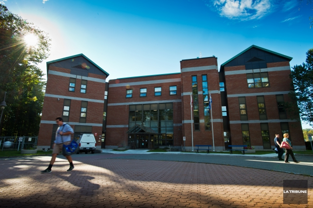 Des syndicats plaident pour que les trois campus... (Imacom, Jessica Garneau)