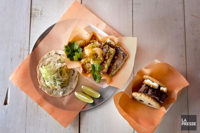 Taco au chou-fleur rôti, crevettes grits et biscuit... (PHOTO MARCO CAMPANOZZI, LA PRESSE)