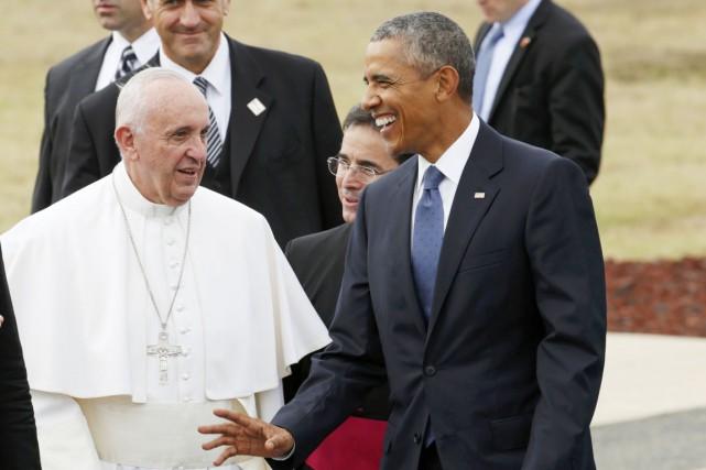 Le pape François, accueilli par Barack Obama hier,... (PHOTO KEVIN LAMARQUE, REUTERS)