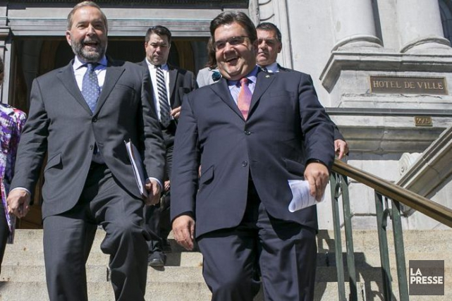 Thomas Mulcair et Denis Coderre... (PHOTO MARTIN TREMBLAY, LA PRESSE)
