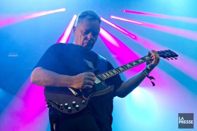 New Order lors d'un spectacle à Osheaga.... (PHOTO OLIVIER JEAN, ARCHIVES LA PRESSE)