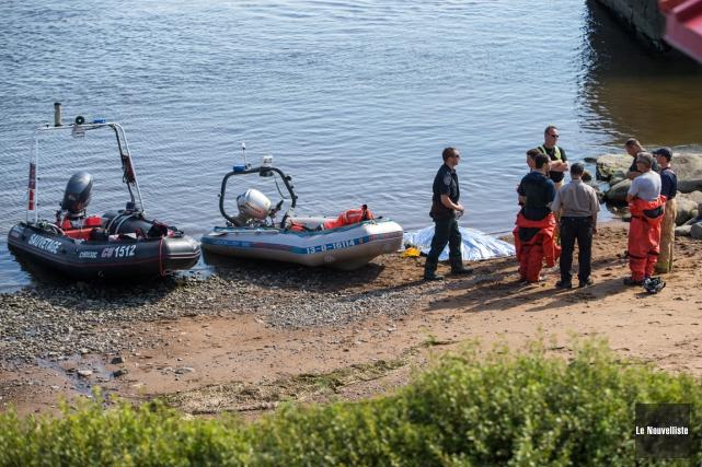 Un corps a été trouvé dans le fleuve... (Photo: Olivier Croteau, Le Nouvelliste)