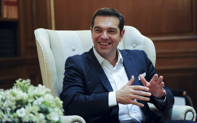 Alexis Tsipras... (Photo Michalis Karagiannis, Reuters)