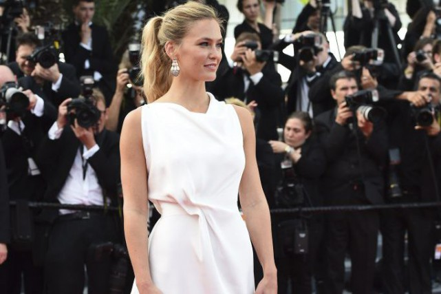 Bar Refaeli au Festival de Cannes.... (PHOTO ARCHIVES AFP)