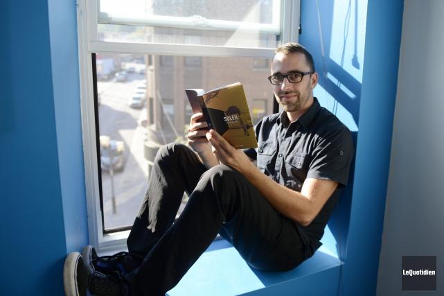 L'éditeur Simon Philippe Turcot n'a pas beaucoup de... ((Photo Le Quotidien, Jeannot Lévesque))