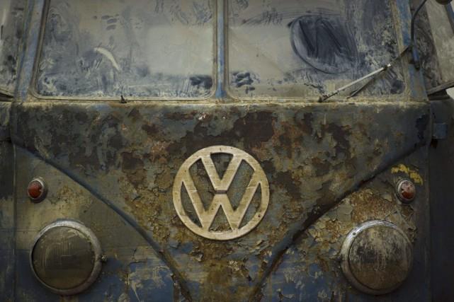 Le scandale des moteurs truqués de Volkswagen a fait de nouvelles vagues jeudi,... (John Macdougall, Archives Agence France-Presse)