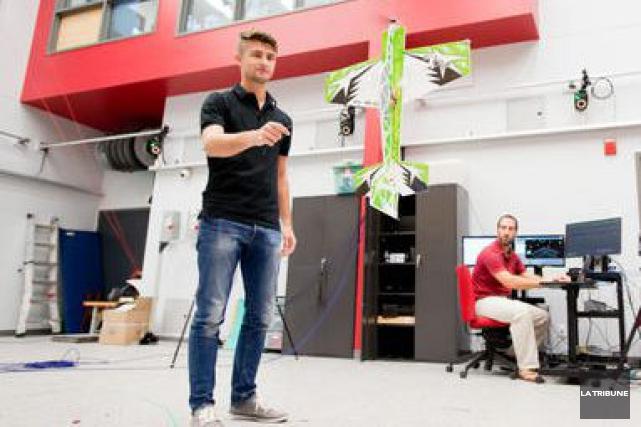 Des drones, des robots, des avions miniatures alimentés par l'énergie solaire.... (Imacom, Jessica Garneau)