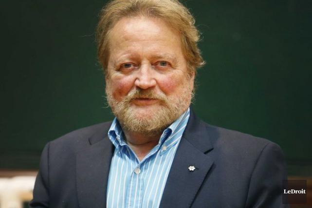 Le directeur artistique d'Opera Lyra, Timothy Vernon... (Simon Séguin-Bertrand, LeDroit)