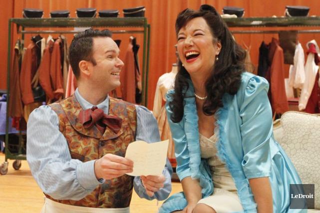 Le comédien Joshua Hopkin interprète Figaro, tandis que... (Simon Séguin-Bertrand, LeDroit)