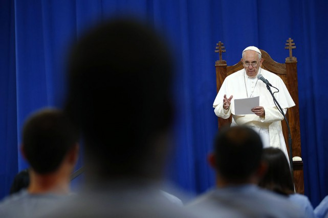 Jorge Bergoglio, 78 ans, s'est rendu dans la... (PHOTO TONY GENTILE, AFP)