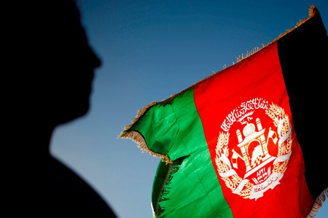Le drapeau de l'Afghanistan... (PHOTO AHMAD MASOOD, ARCHIVES REUTERS)